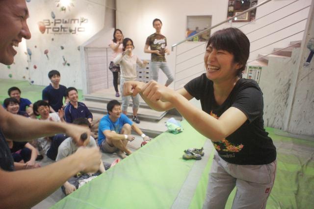 fist bump@b-pump tokyo