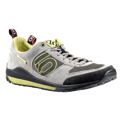 靴の取り間違えがありました。